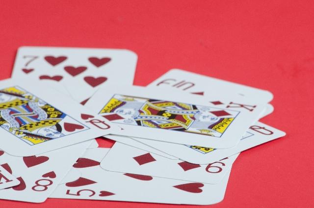 種明かします!忘年会や新年会にもってこいの簡単マジック3選
